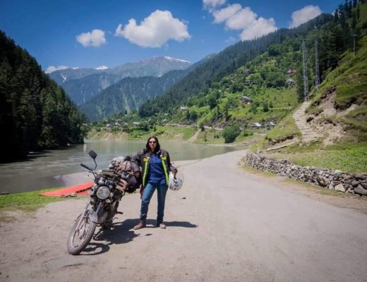 meet-pakistans-dusty-and-dangerous-motorcycle-girl-body-image-1464200154