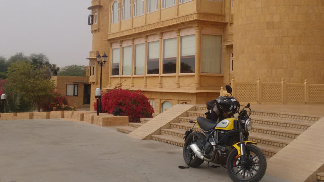 romancing-rajasthan-the-rajput-trail-with-motoziel-edelweiss-4