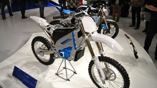 electric-motorcycle-yamaha