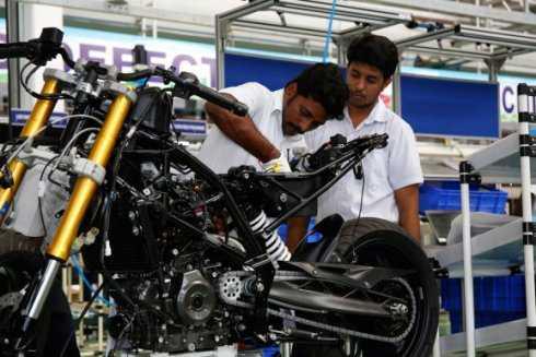 300_bmw-g-310-r-modelljahr-2016-produktion-in-indien-4588742